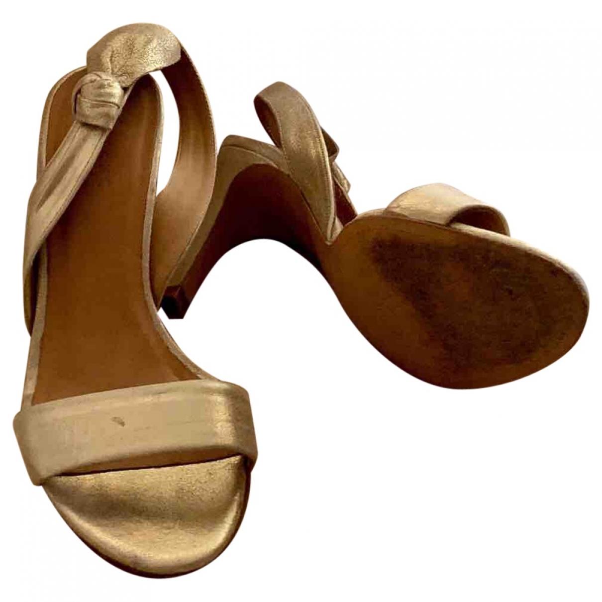 Sézane \N Gold Leather Sandals for Women 36 EU