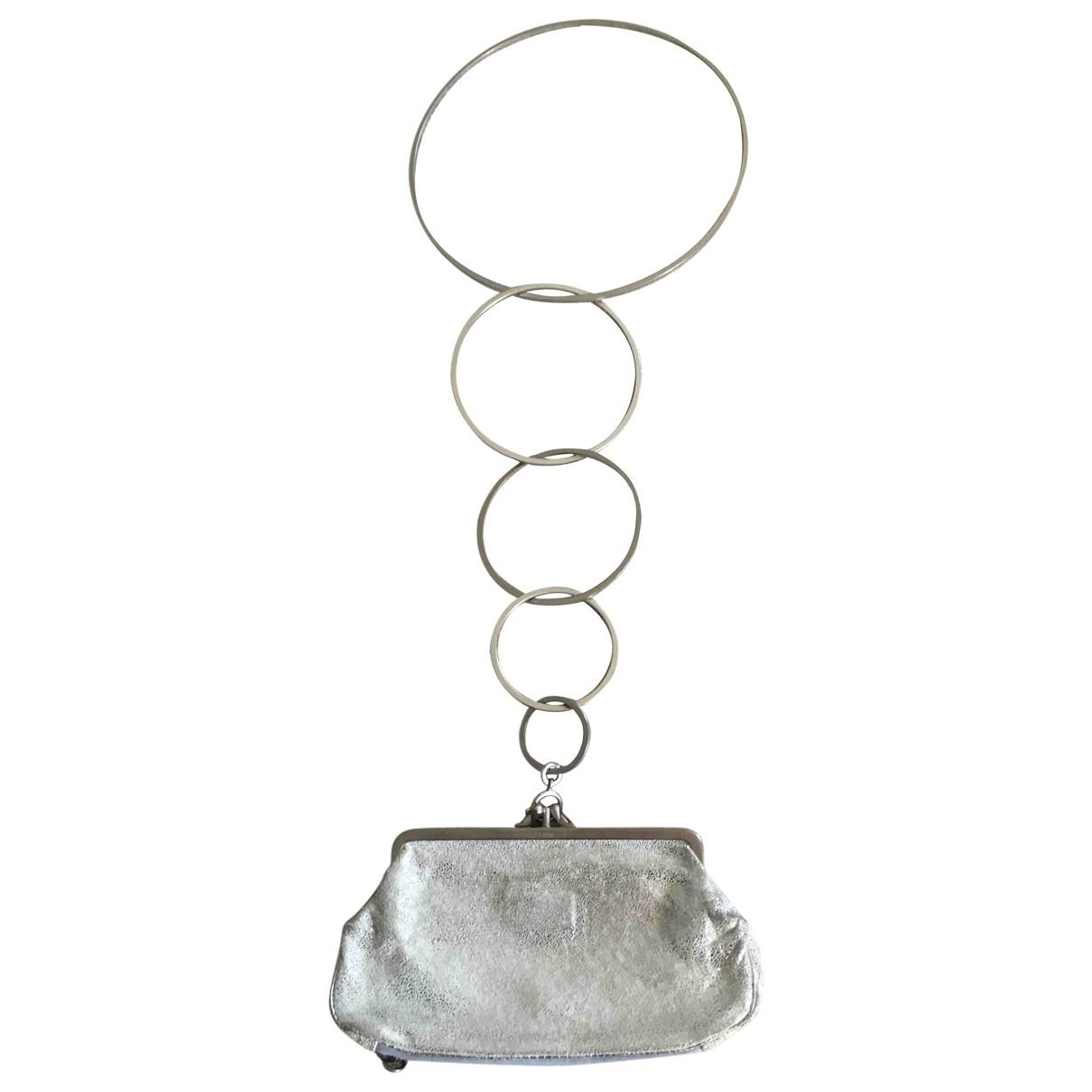 Fendi - Pochette   pour femme en cuir - argente