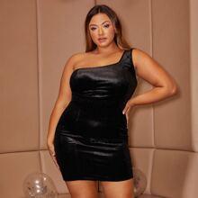 Plus One Shoulder Solid Velvet Dress