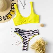 Bikini Badeanzug mit Tiger Streifen und Twist vorn
