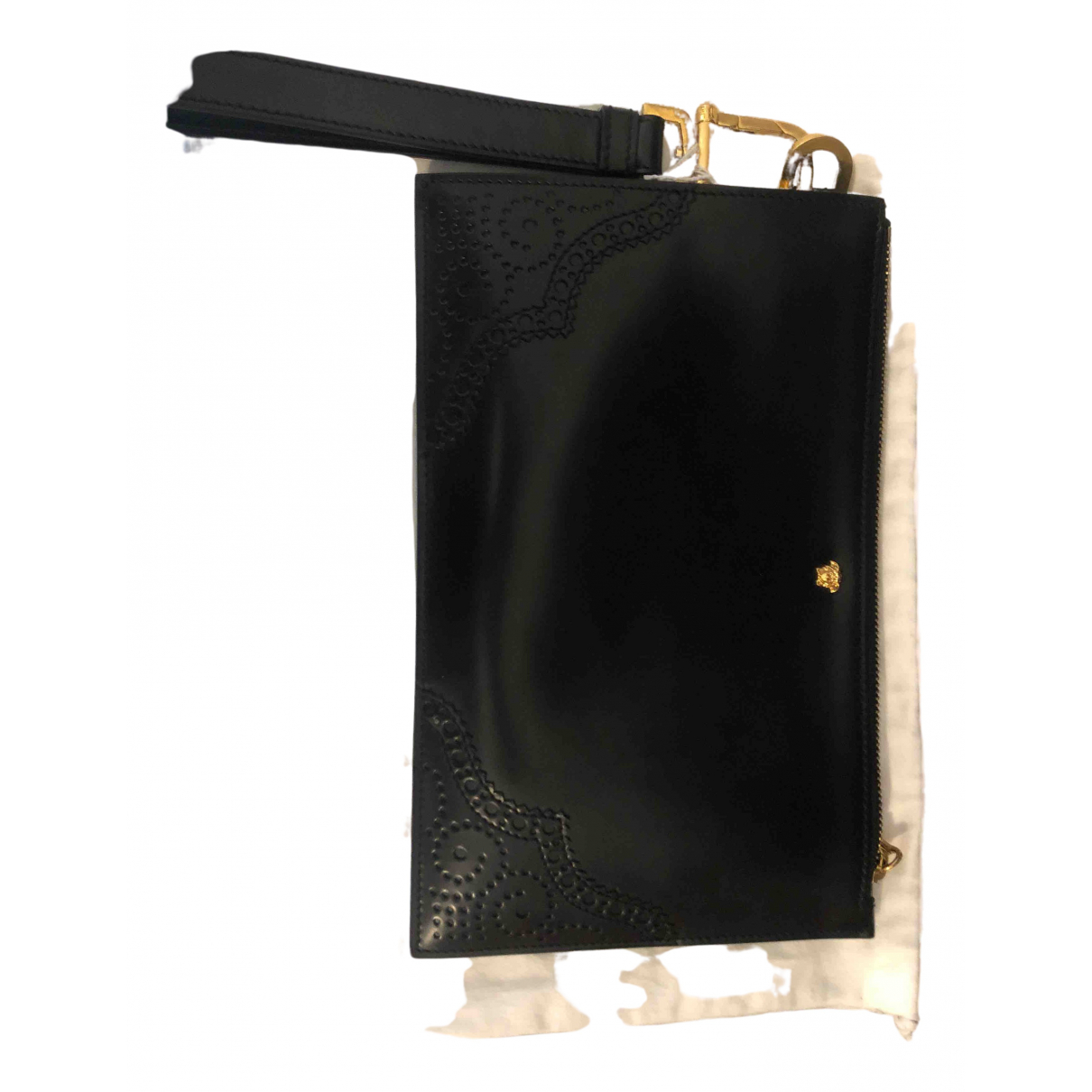 Versace \N Clutch in  Schwarz Lackleder