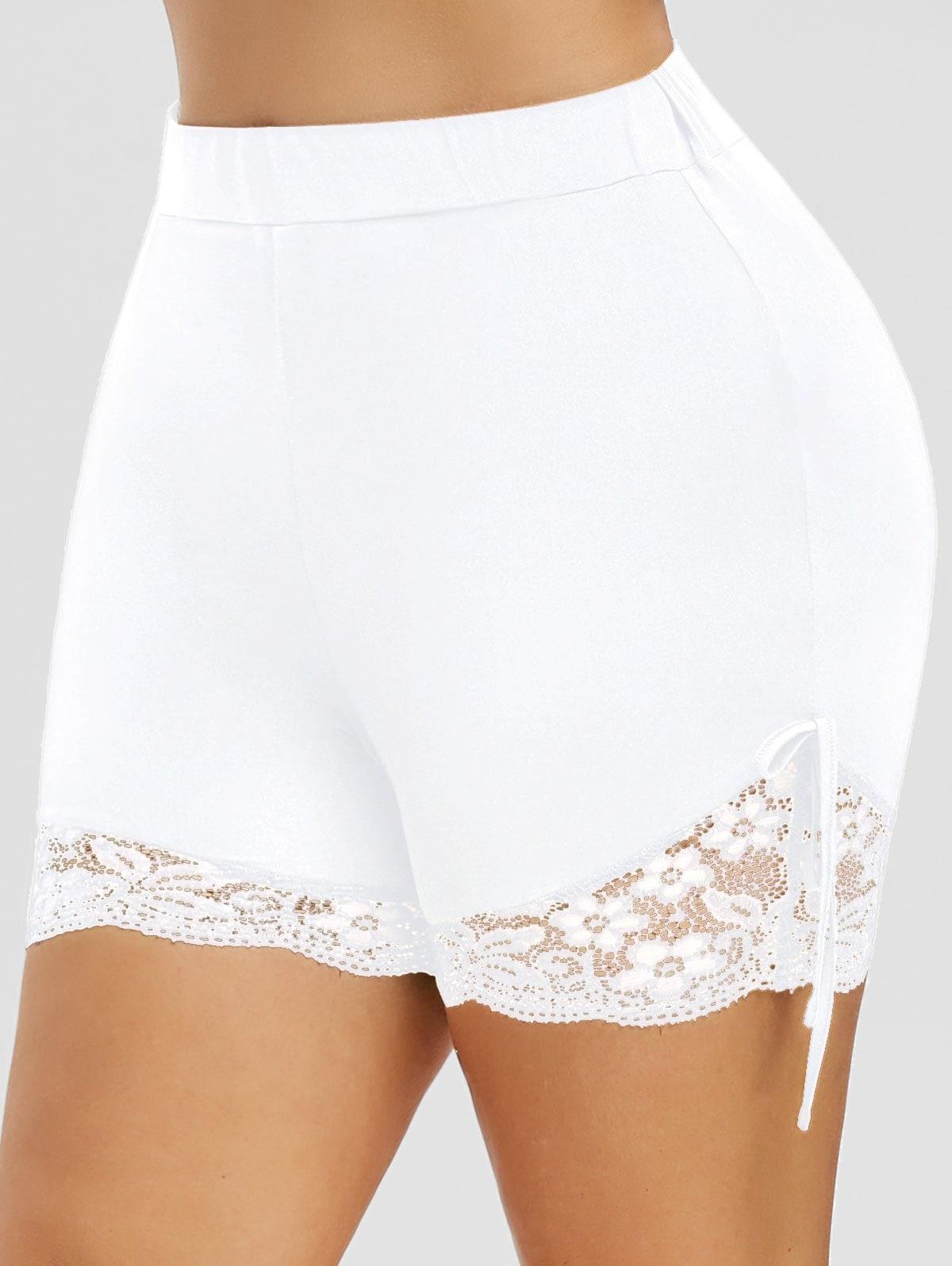 Plus Size Bowknot Lace Edge Shorts