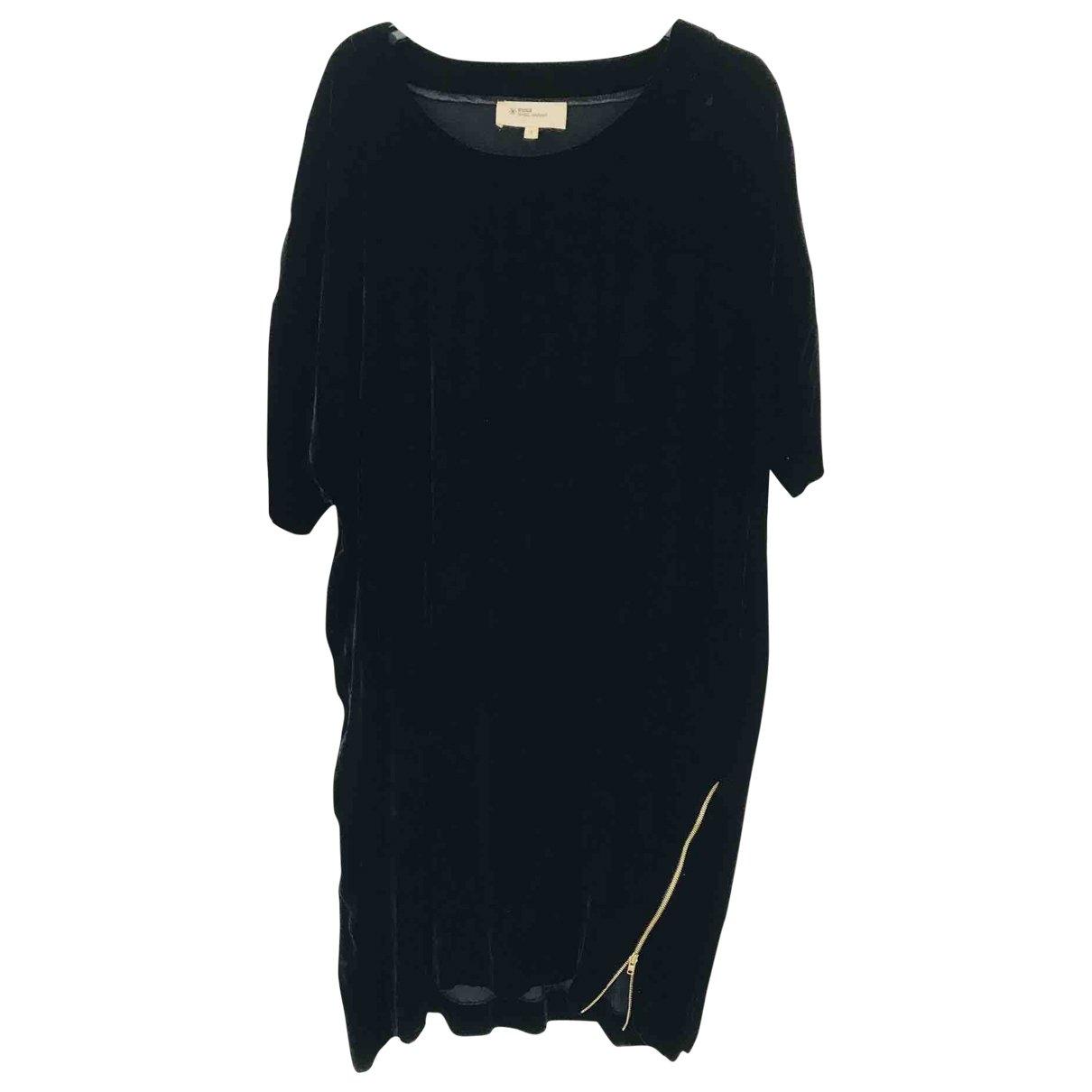 Isabel Marant Etoile \N Black Velvet dress for Women 2 0-5