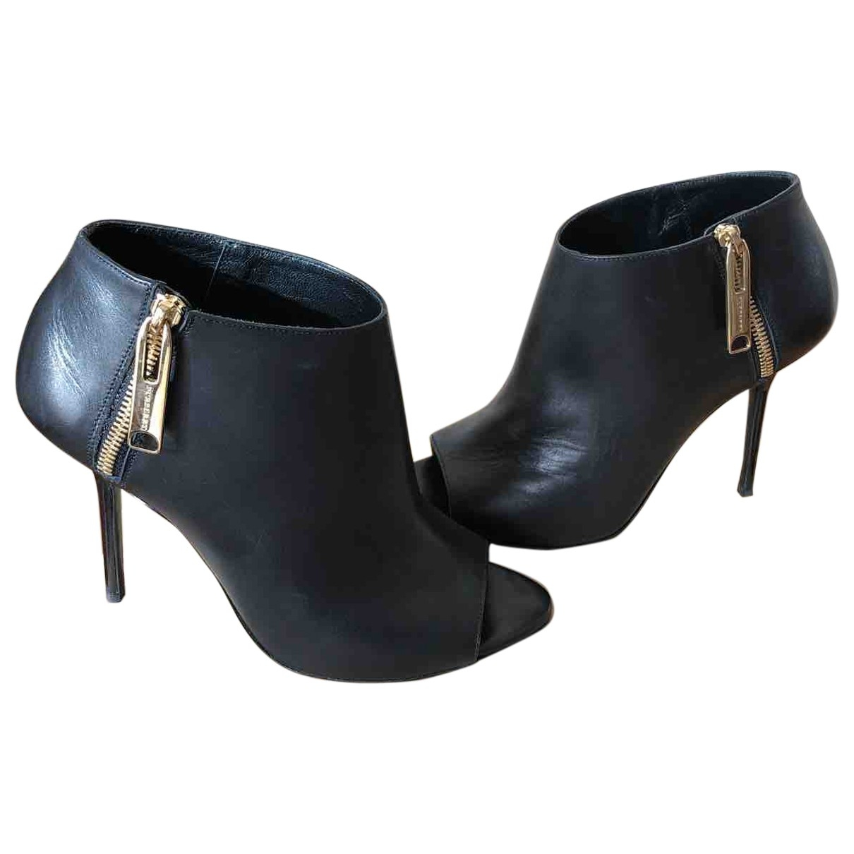Burberry \N Black Leather Ankle boots for Women 39 EU