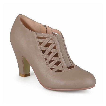 Journee Collection Womens Reita Pumps, 11 Medium, Beige