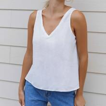 Double V-neck Embroidery Mesh Detail Tank Top