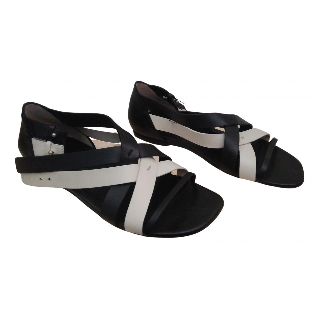 Costume National \N Black Leather Sandals for Women 39 EU
