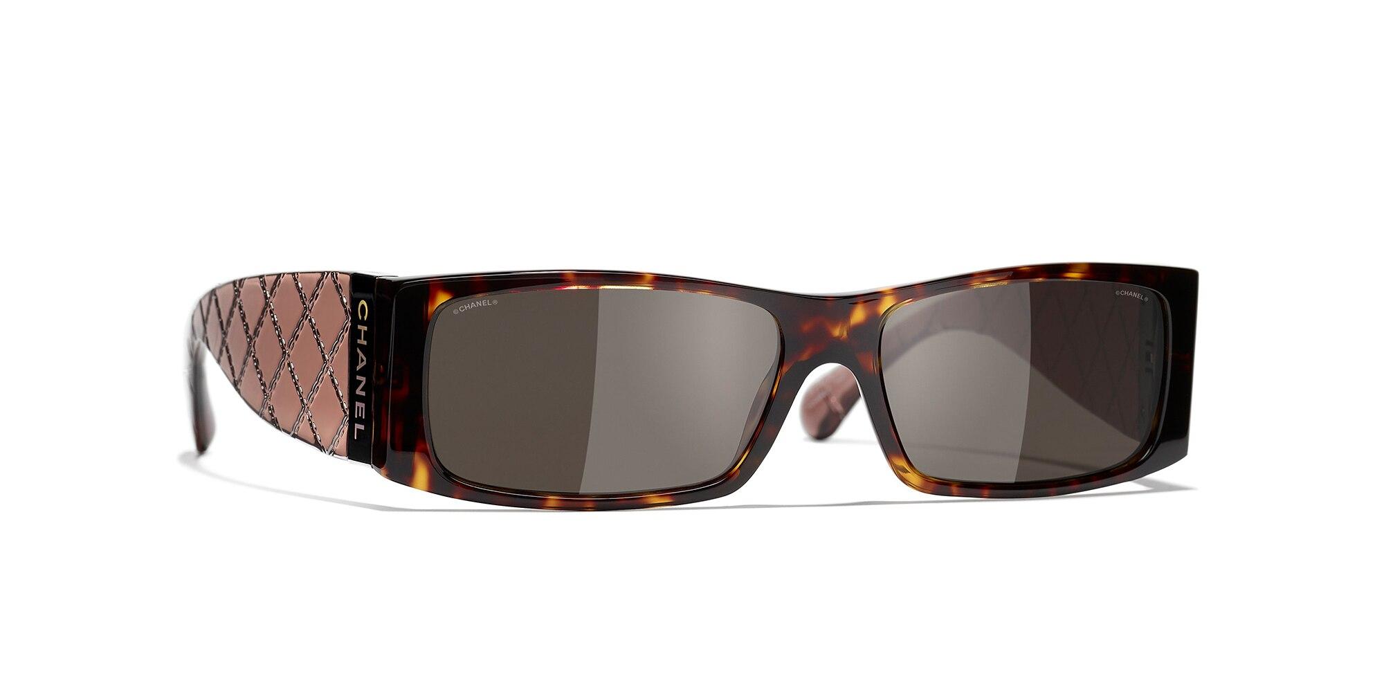 Chanel Unisex  Rectangle Sunglasses CH5425 -  Frame color: Tortuga oscuro, Lens color: Marron