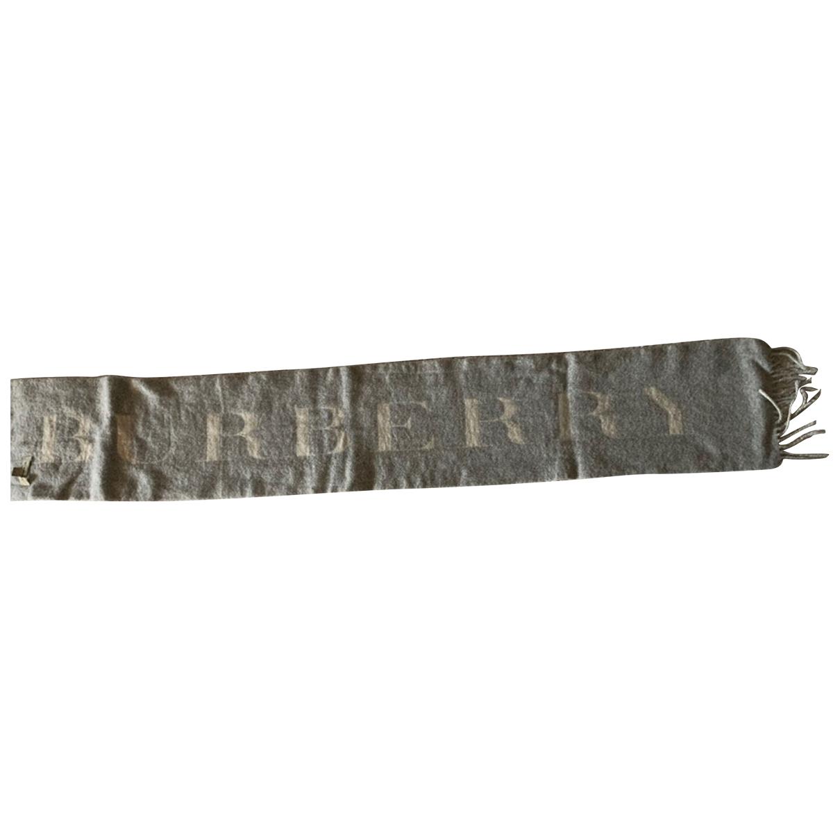 Burberry N Ecru Cashmere scarf for Women N
