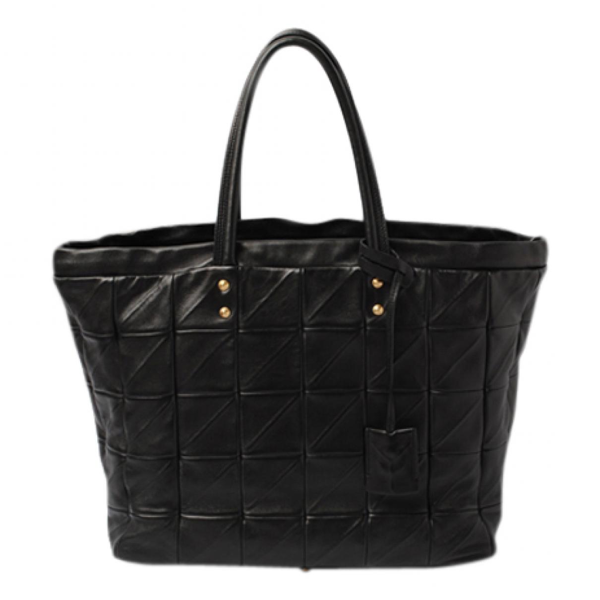 Yves Saint Laurent \N Handtasche in  Schwarz Leder