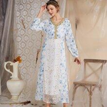Prendas arabes Malla en contraste Floral Elegante