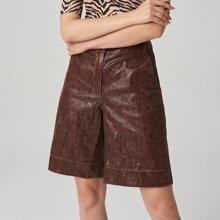 PU Shorts mit Schlangenleder Muster und breitem Beinschnitt