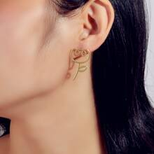 Hollow Out Floral Shaped Stud Earrings