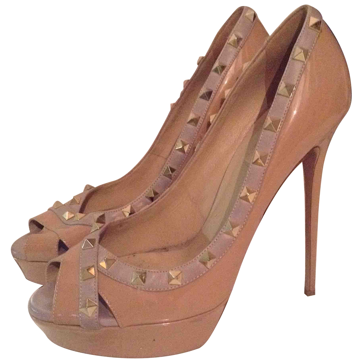 Valentino Garavani \N Beige Patent leather Heels for Women 41 EU