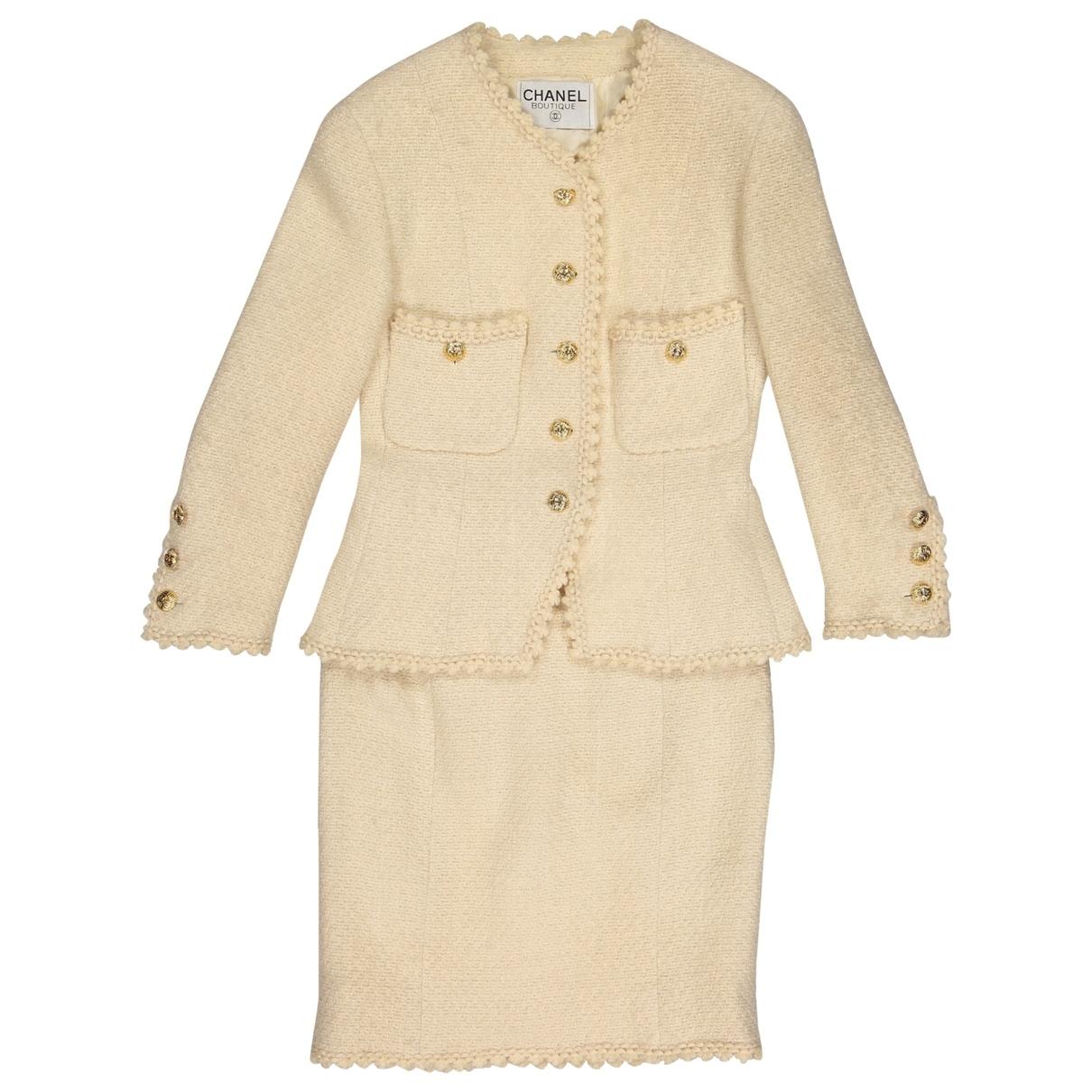 Chanel \N Kleidungsstuecke in  Ecru Wolle