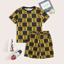 Boys Letter Graphic Checkered Tee and Shorts Set