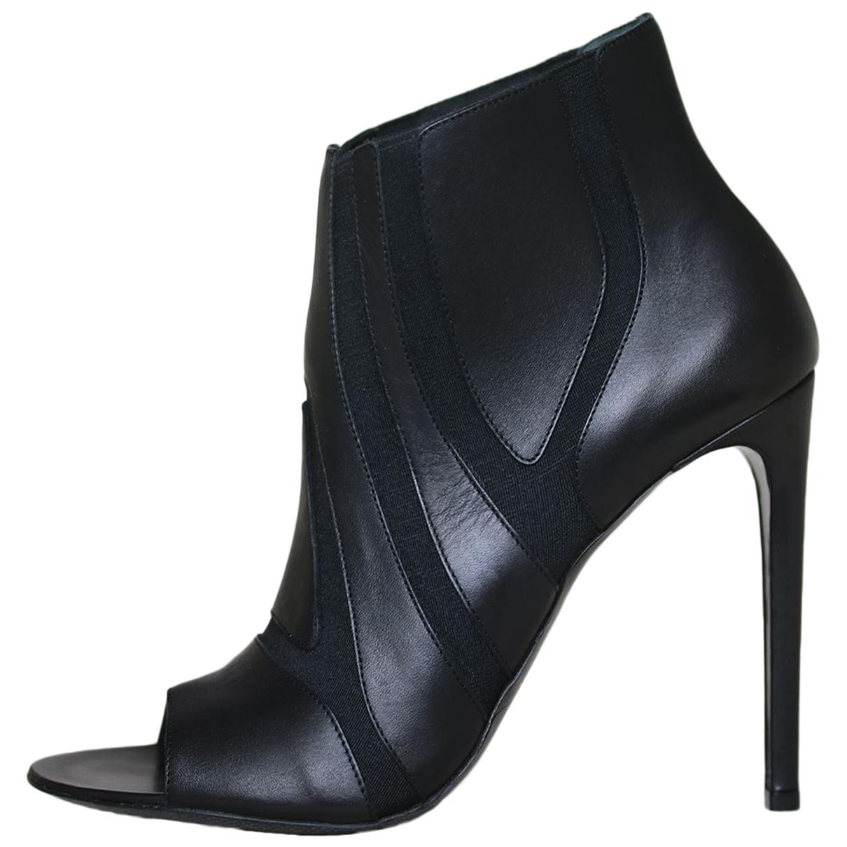 Balenciaga N Black Leather Ankle boots for Women 39 EU