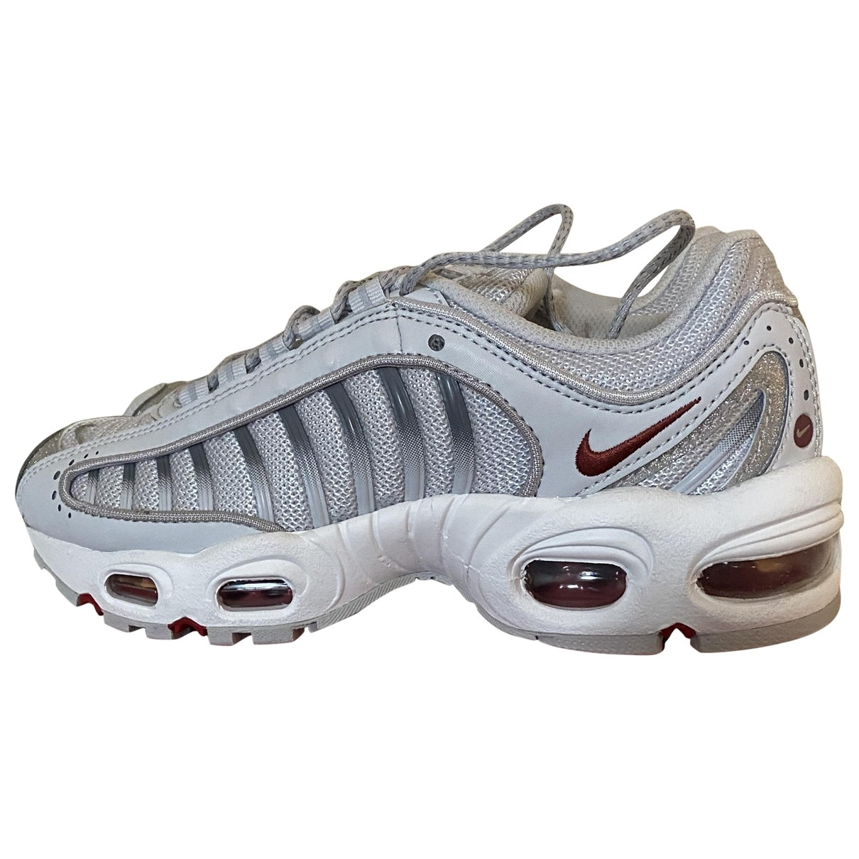 Nike Air Max Tailwind IV Sneakers in  Silber Leinen