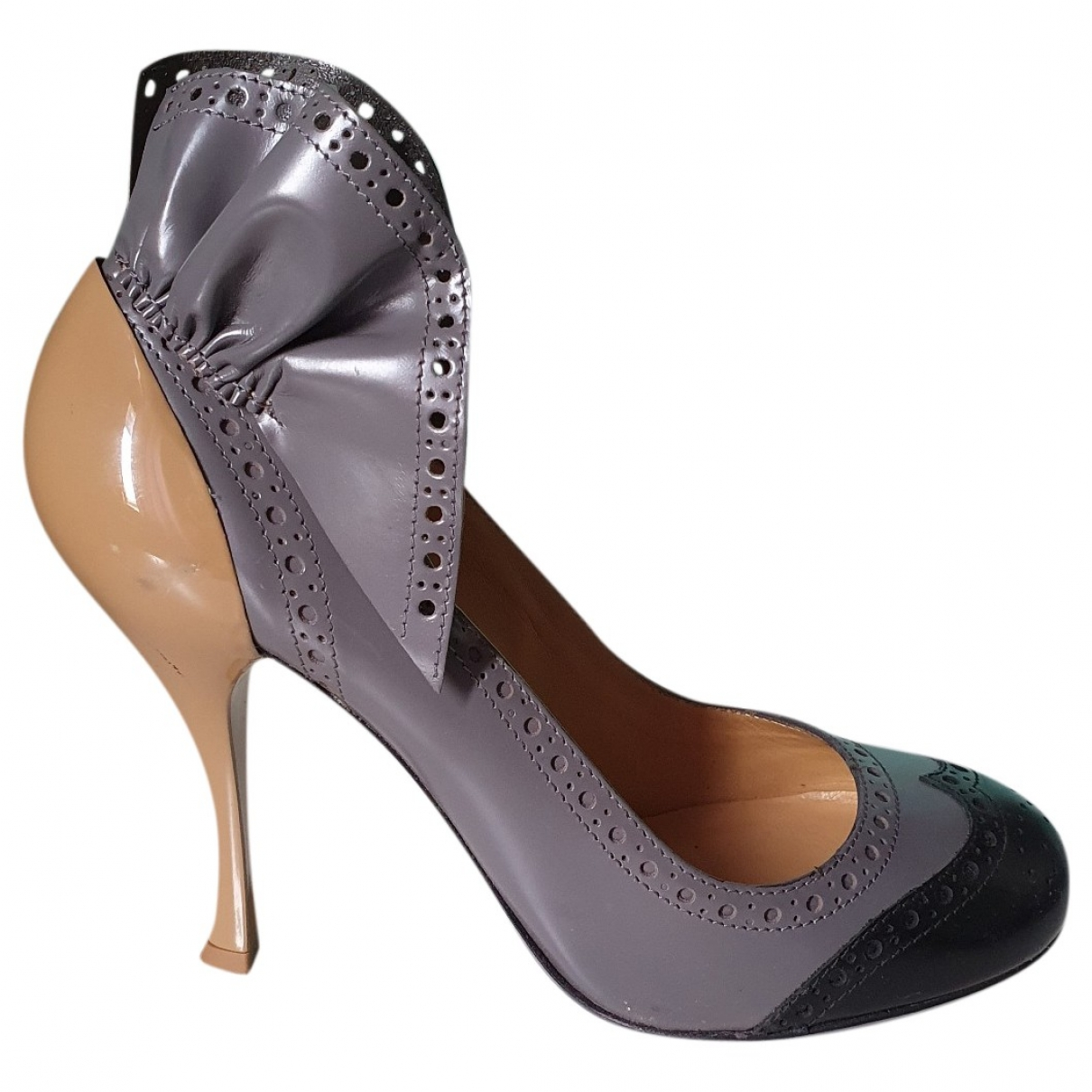 Miu Miu \N Grey Leather Heels for Women 37.5 EU