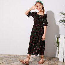 Maedchen Kleid mit Raffung und Kirsche Muster