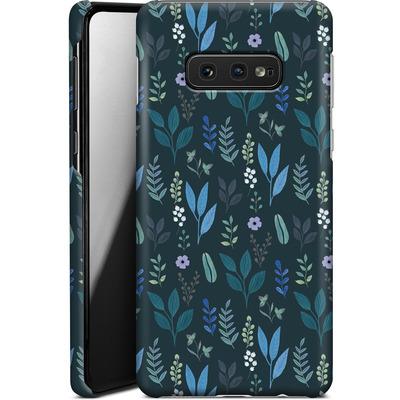 Samsung Galaxy S10e Smartphone Huelle - Blue Foliage von Iisa Monttinen