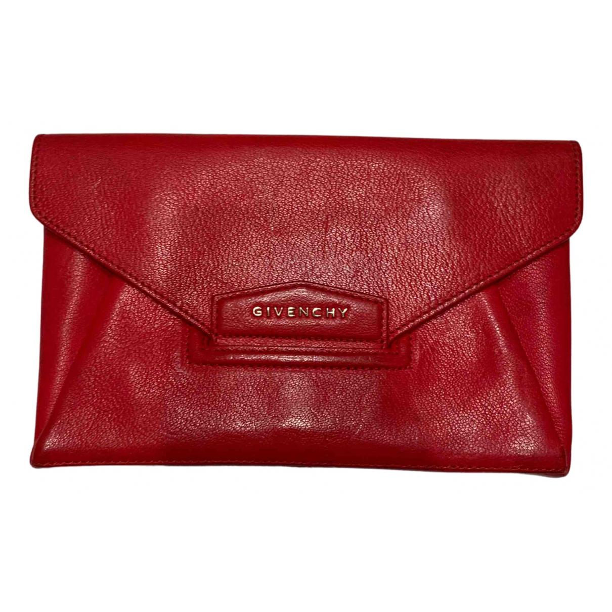 Givenchy - Pochette Antigona pour femme en cuir - rouge