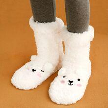 Calcetines mullidos con pompon