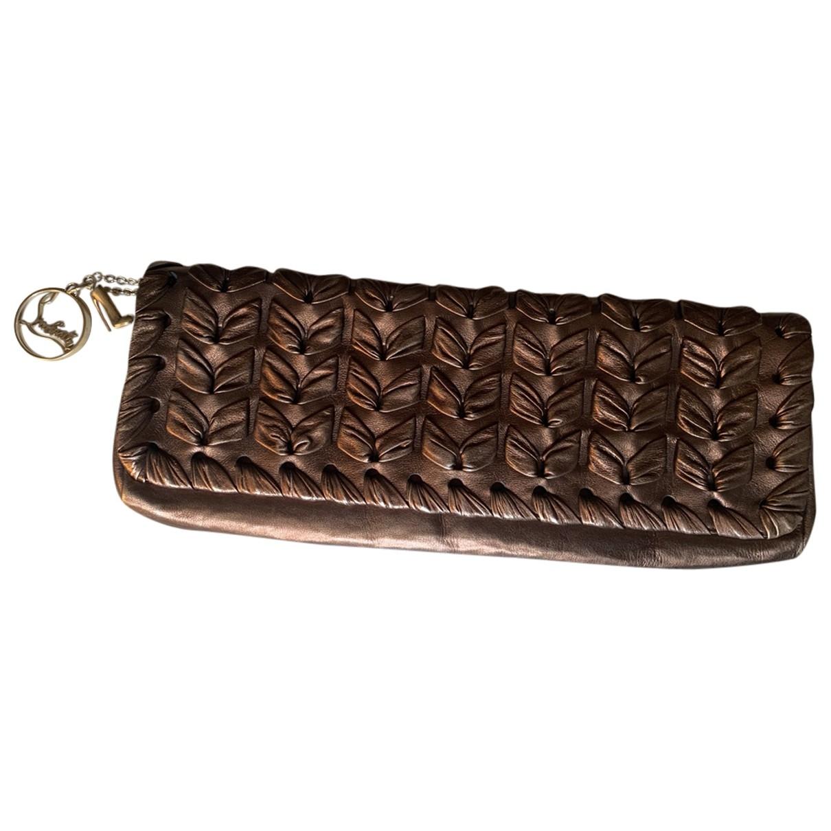 Christian Louboutin \N Metallic Leather Clutch bag for Women \N