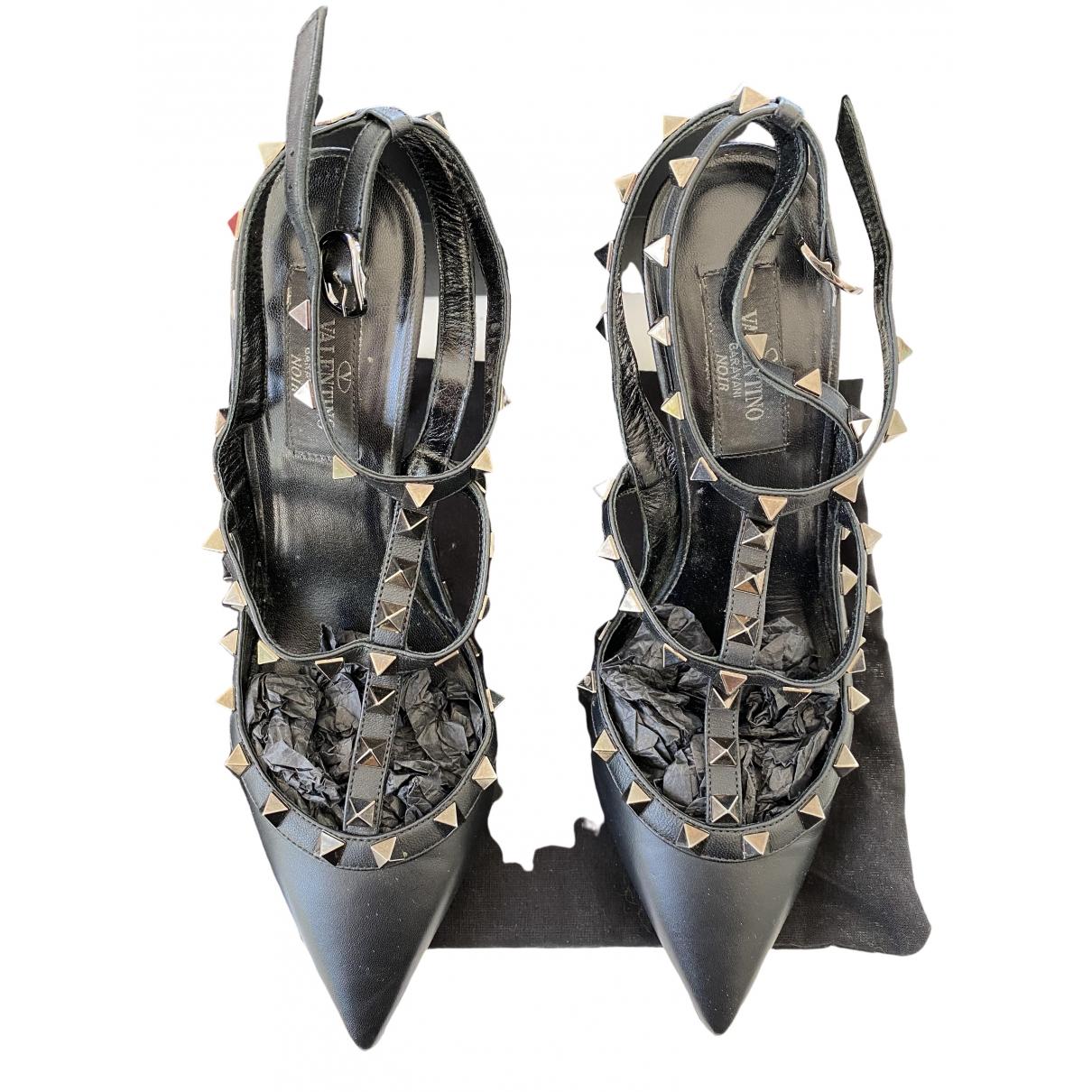 Valentino Garavani Rockstud Black Leather Heels for Women 38 EU