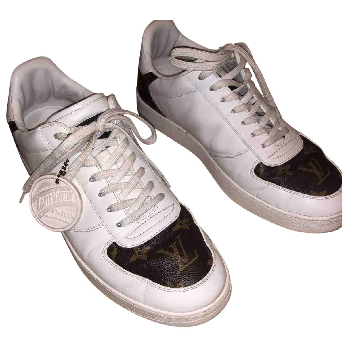 Louis Vuitton Rivoli Sneakers in  Weiss Leder