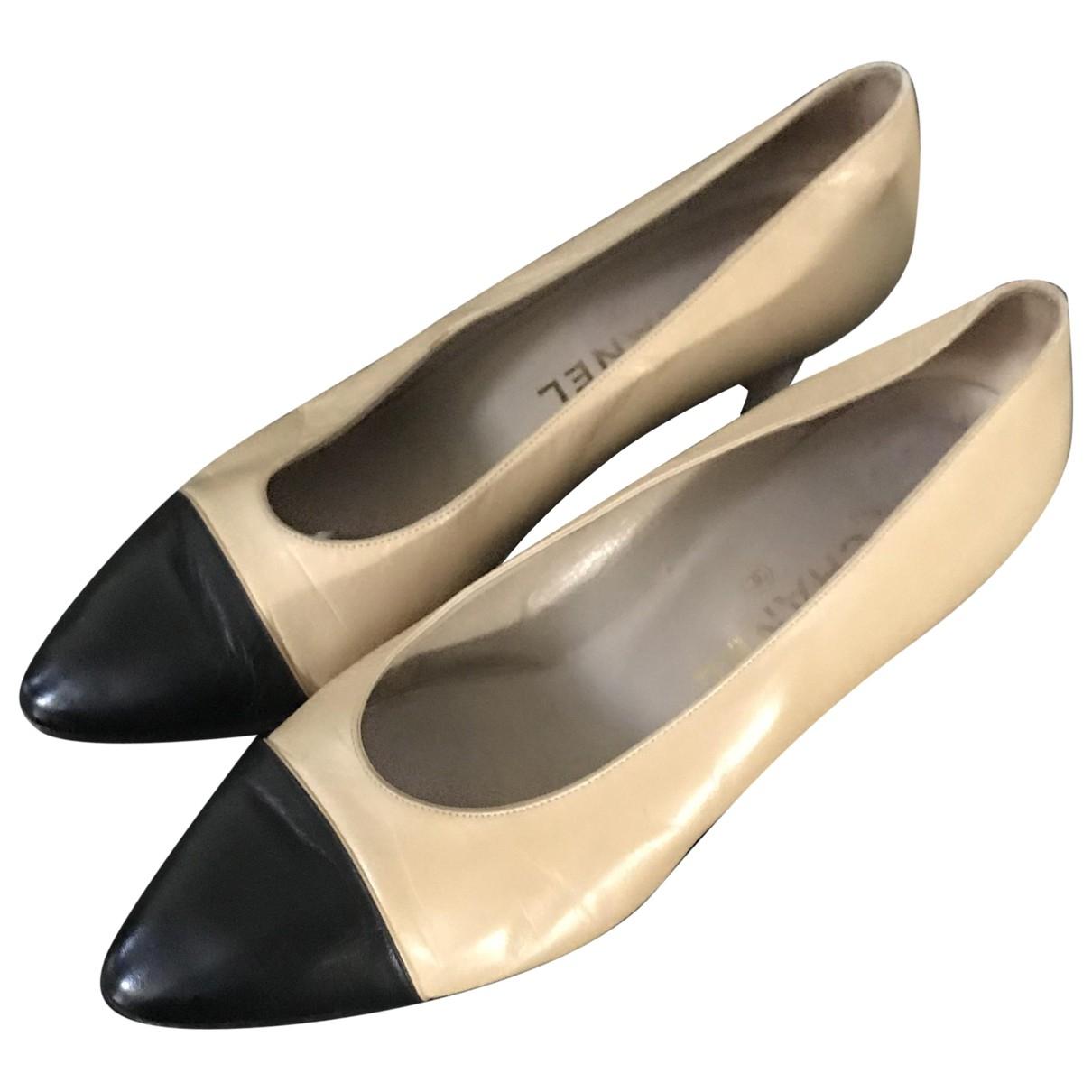 Chanel - Escarpins   pour femme en cuir - ecru