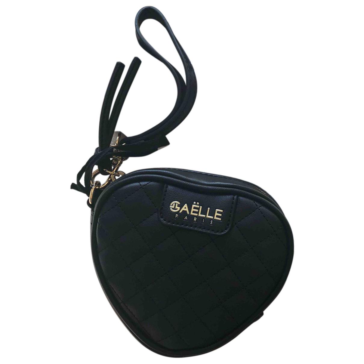 Gaelle Paris \N Clutch in  Schwarz Leder