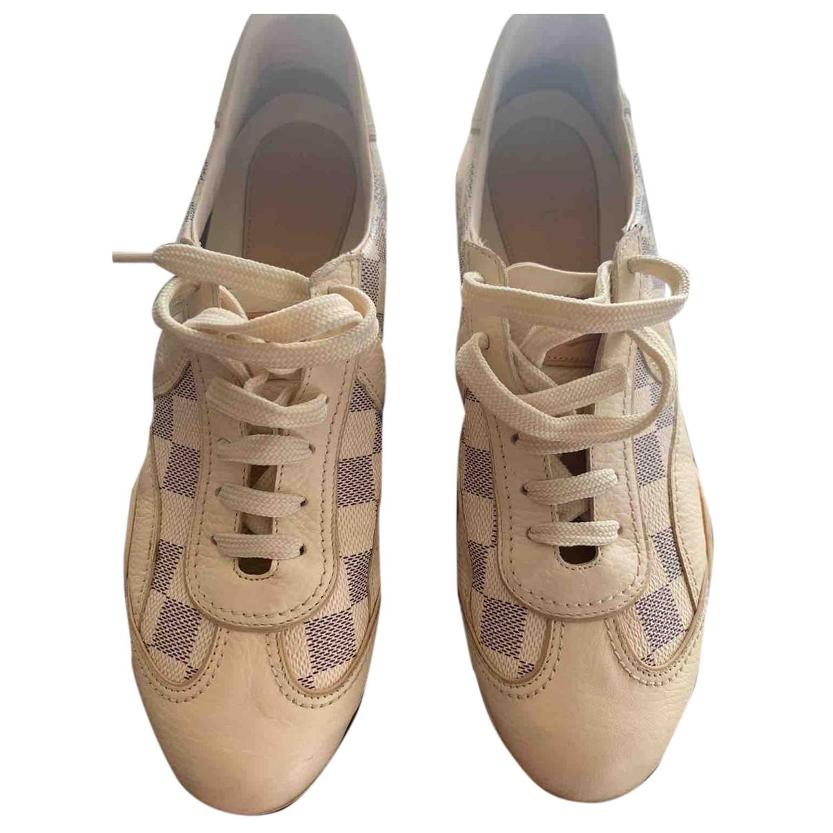 Louis Vuitton \N Sneakers in  Beige Leder