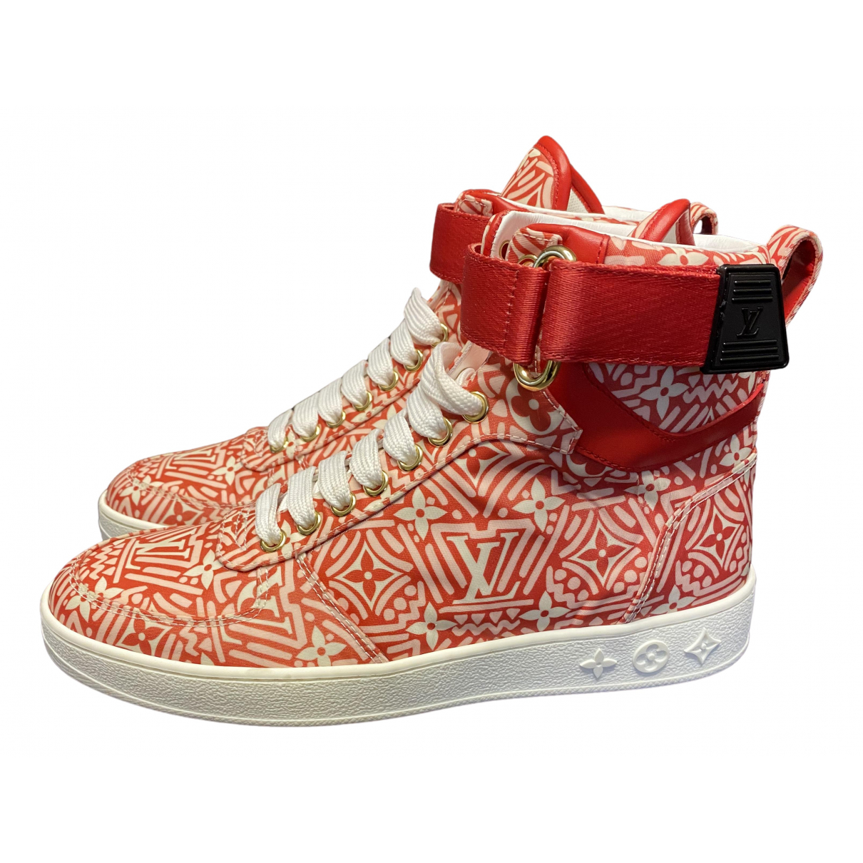 Louis Vuitton \N Sneakers in  Rot Polyester