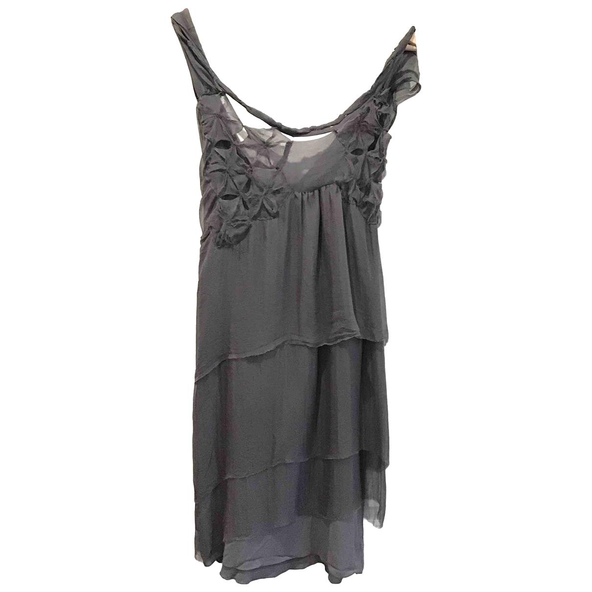 Alberta Ferretti \N Kleid in  Anthrazit Seide