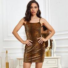 Eilly Bazar Samt Kleid mit Tiger Muster