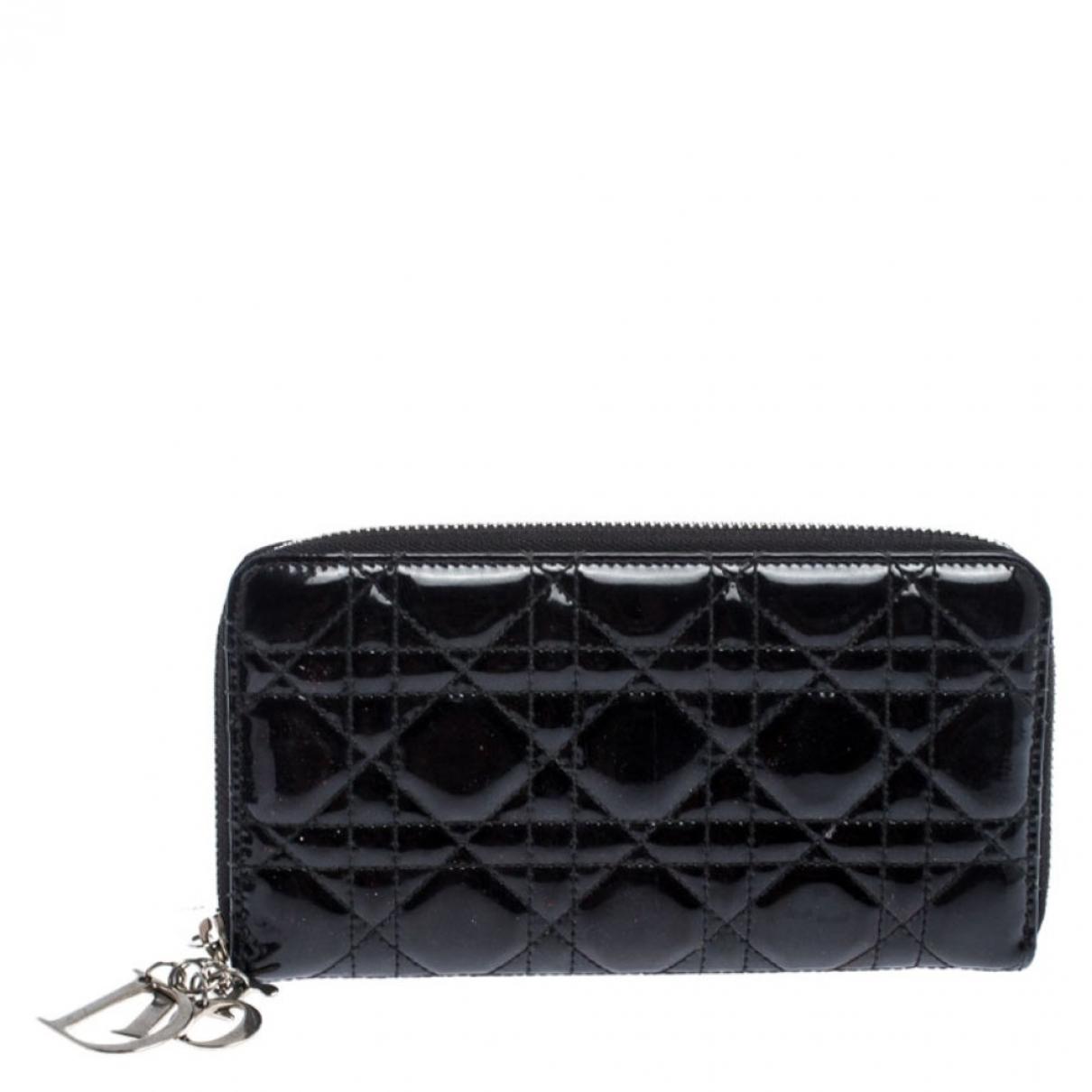 Dior Lady Dior Portemonnaie in  Schwarz Lackleder