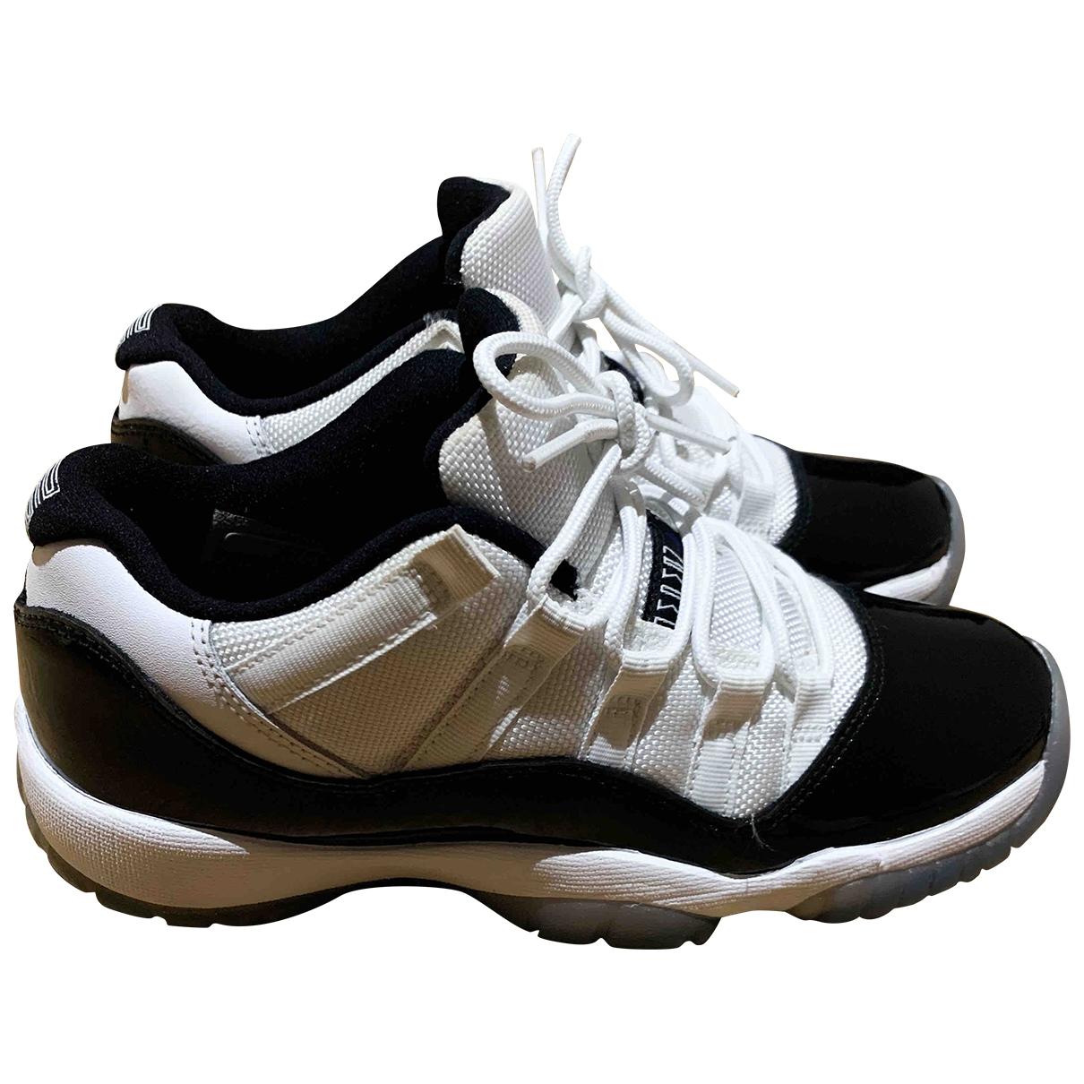 Deportivas Air Jordan 11 de Cuero Jordan