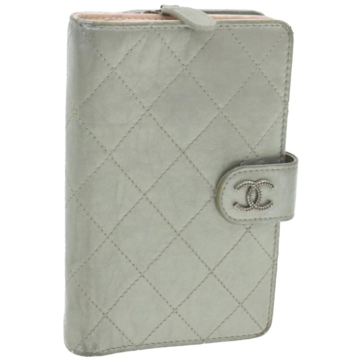 Chanel \N Schal in  Silber Synthetik