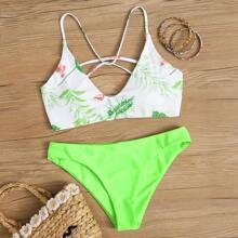 Neongruener Bikini-Badeanzug mit tropischem Riemchenruecken