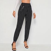 Hosen mit elastischer Taille und Streifen