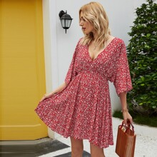 Tie Back Batwing Sleeve Ditsy Floral Dress