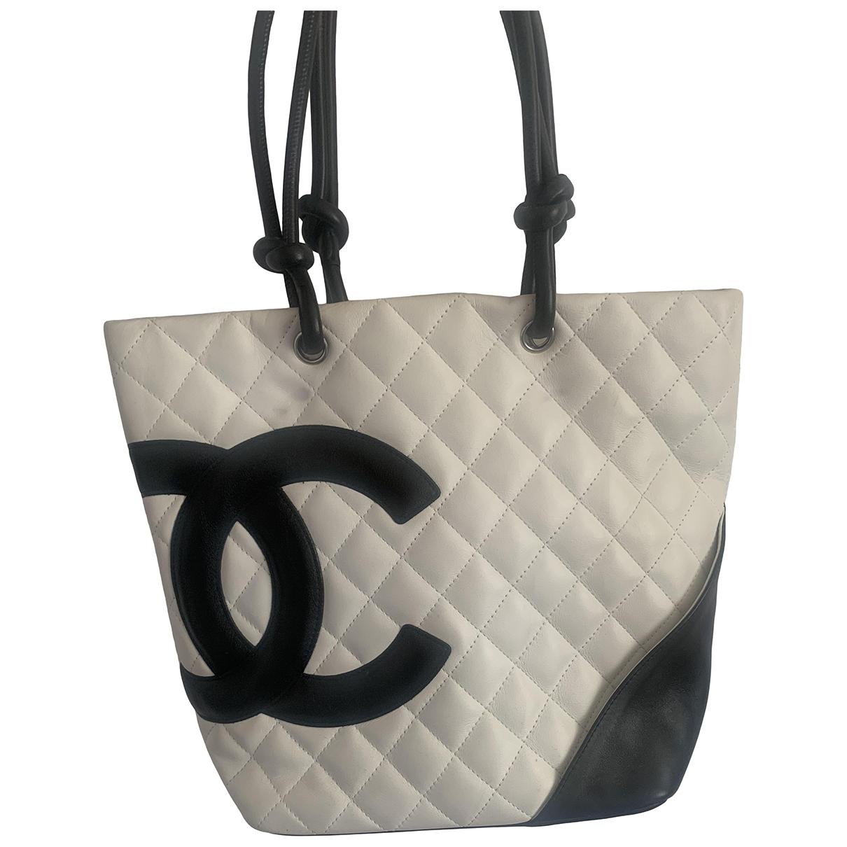 Chanel Cambon Handtasche in  Weiss Leder