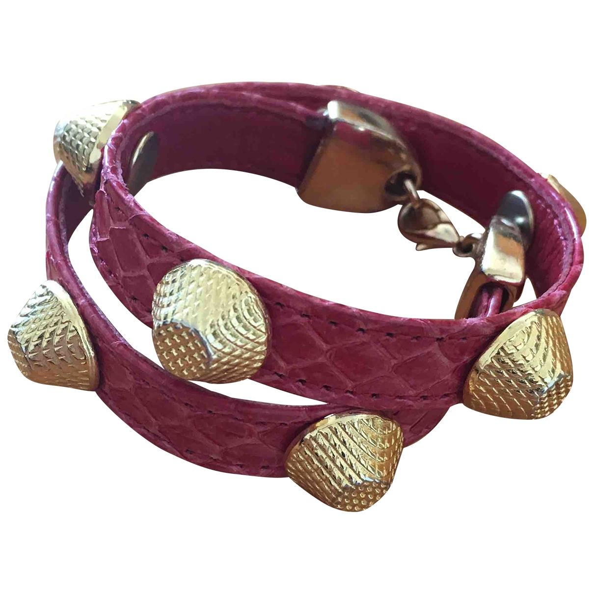 - Bracelet   pour femme en cuir - rose