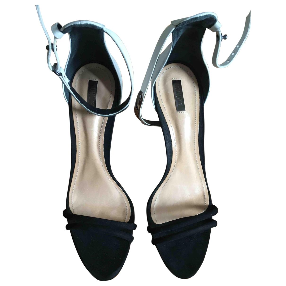 Schutz \N Sandalen in  Schwarz Leder