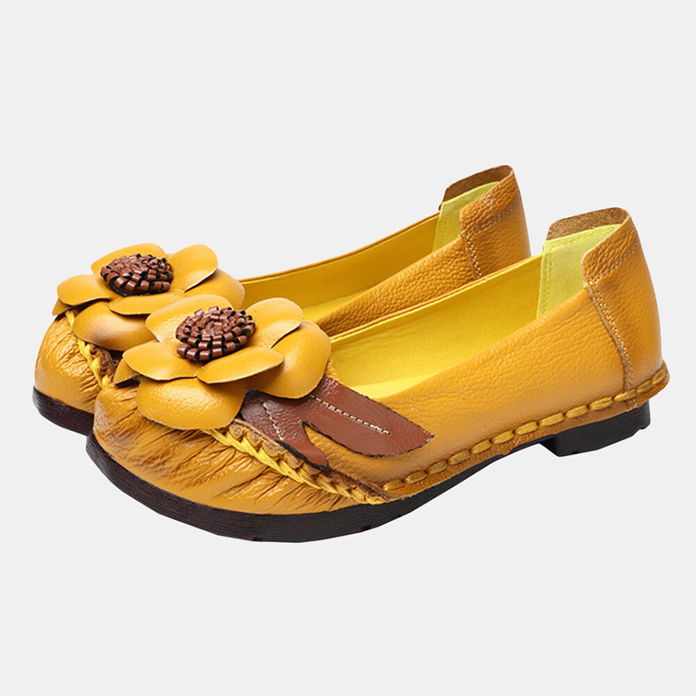 Women Retro Flower Leather Slip On Casual Flat Shoes