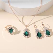 Collar con diseño de piedra preciosa con pendientes con anillo