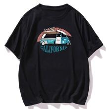 Camiseta con estampado de coche y letra