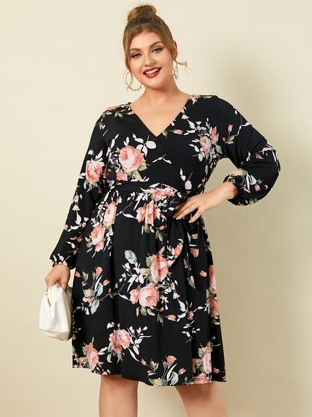 YOINS Plus Size V-neck Floral Print Wrap Design Belt Design Long Sleeves Dress