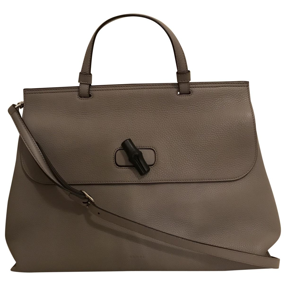 Gucci \N Handtasche in  Grau Leder
